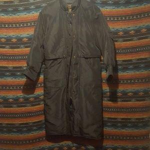 Beautiful vintage 90s Eddie Bauer long down coat